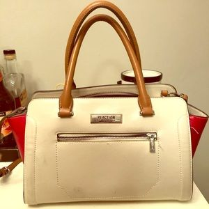 Reaction Kenneth Cole Purse